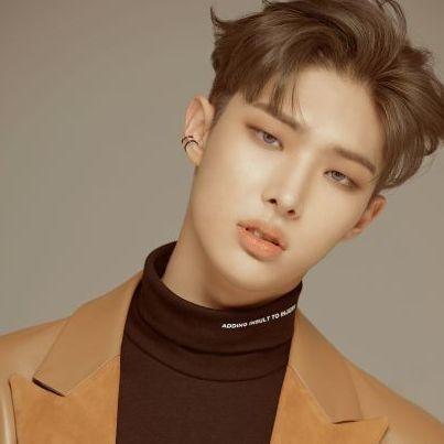 Pin By Jekyll On Ateez In 2020 Kpop Kpop Idol Songs