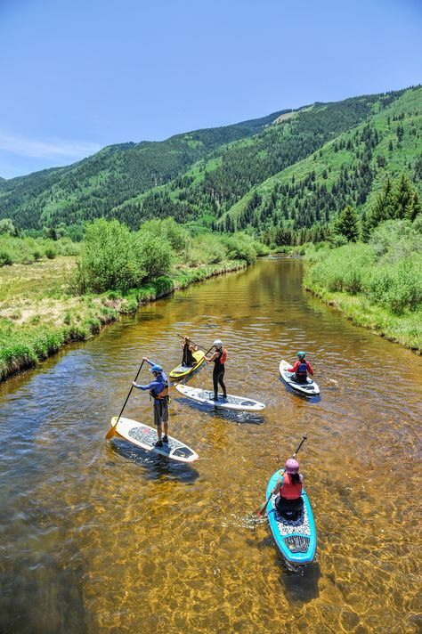 Kayaking Where to eat, drink and hike in Aspen, Colorado like a local does - Whether its your first visit or you want to shake up your standard summer routine, there's much to be discovered underneath the shiny surface. Places To Travel, Places To See, Sup Stand Up Paddle, Best Ski Resorts, Aspen Colorado, Colorado Mountains, Colorado Springs, Colorado Hiking, Sup Yoga