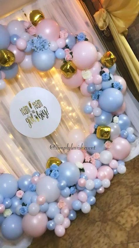 Simply Lavish Events (@simplylavishevent) • Instagram photos and videos : A beautiful balloon hoop made a perfect backdrop for this gender reveal!     #balloons #babyshowerideas  #babyshowerdecorations  #genderreveal  #genderrevealparty  #balloongarland #balloondecor  #balloonarch  #balloonhoop #balloonstylist  #eventdecor  #eventplanner  #Simply #Lavish #Events