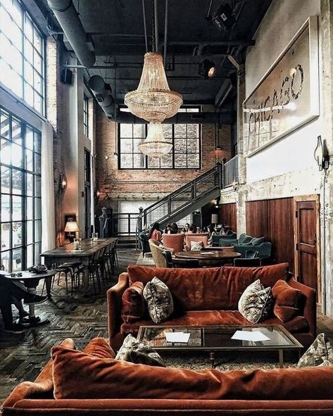 Luxe industrial at the Soho House Chicago. Loft Estilo Industrial, Industrial Interior Design, Industrial Apartment, Industrial House, Industrial Interiors, Rustic Interiors, Industrial Furniture, Industrial Style, Home Interior Design