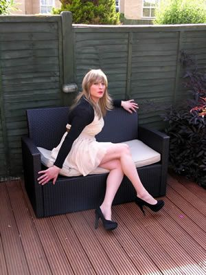 Yahoo uk crossdressing transvestite