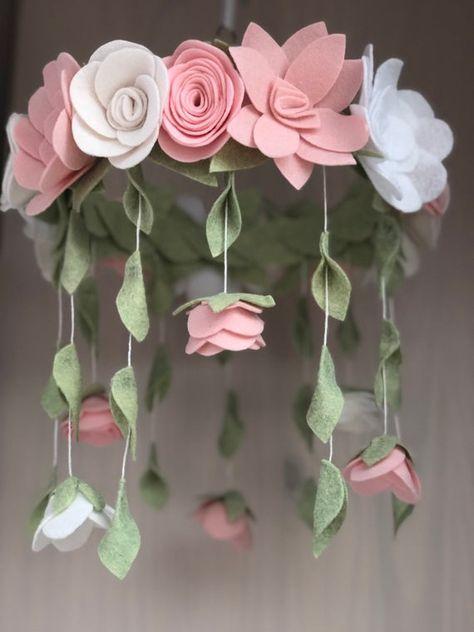 Felt Roses, Felt Flowers, Diy Flowers, Paper Flowers, Fabric Flowers, Flowers In Hair, Handmade Felt, Felt Diy, Felt Crafts