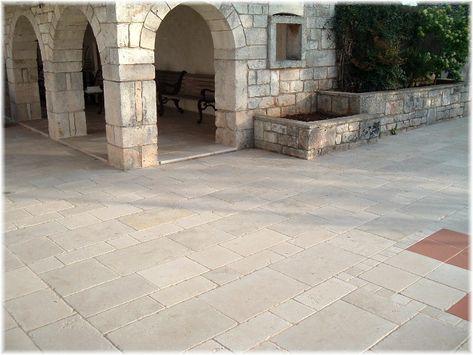 Pavimento Esterno In Pietra : Pietrerustiche chianche anticate br series rivestimenti in