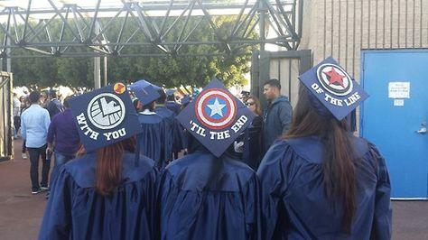 Marvel Graduation Caps <<< I wish I would of been able to do this at my graduation! Graduation Cap Designs, Graduation Cap Decoration, Graduation Diy, Funny Graduation Caps, Graduation Parties, Graduation Quotes, Graduation Announcements, Graduation Invitations, Iron Man