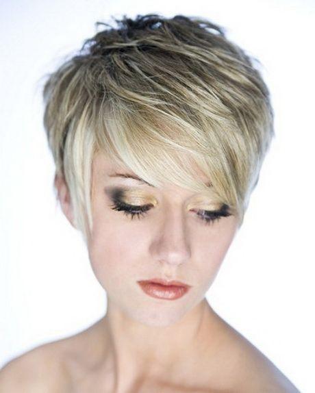 Short Chunky Layered Haircuts Short Choppy Hair Hair Styles Short Hair With Layers