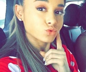Pin On Ariana Grande