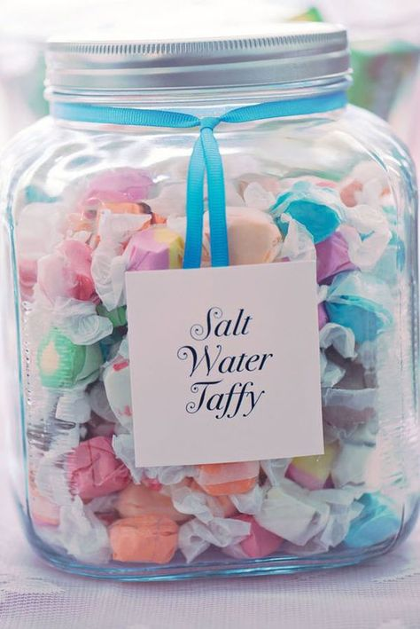 Wedding Reception Food 10 Perfect Ideas for Beach Wedding Favors - Planning a beach wedding? These 10 beach wedding favors are inexpensive and perfect for the bride who wants to DIY (or not)! Beach Wedding Favors, Wedding Favors For Guests, Unique Wedding Favors, Trendy Wedding, Beach Weddings, Wedding Ideas, Wedding Parties, Beach Party Favors, Wedding Table