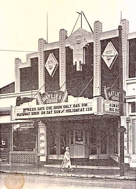 Baylies Square Theatre 1777 Acushnet Ave New Bedford Massachusetts Later Known As The Arcade Theatre New Bedford Old Movies Places To Visit