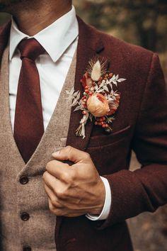 Wedding Men, Wedding Attire, Dream Wedding, Brown Suit Wedding, Vintage Wedding Suits, Groom Attire, Groom And Groomsmen, Fall Groomsmen Attire, Fall Wedding Groomsmen