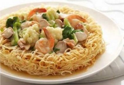 Resep I Fu Mie Seafood Merupakan Menu Yang Berasal Dari Negara Cina Yang Sudah Populer Di Negara Kita Yaitu Mie Yang Diko Resep Masakan Masakan Makan Malam