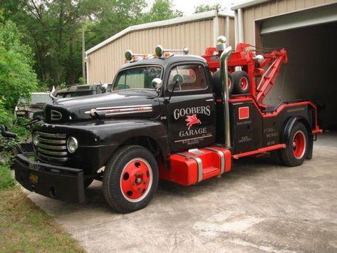 Vintage 50 F6 W Holmes 780 Split Boom Wrecker Bed Tow Truck
