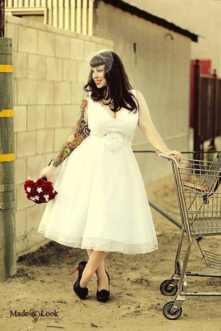 Love This Curvy Bride By Elnora Short Wedding Dress Tea Length Wedding Dress Rockabilly Wedding Dresses