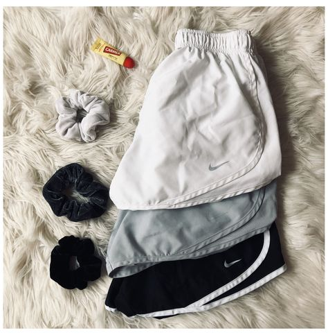 Running Shorts Outfit, Summer Shorts Outfits, Cute Comfy Outfits, Sporty Outfits, Nike Outfits, Trendy Outfits, Girls Nike Shorts, Nike Dri Fit Shorts, Gym Shorts Womens