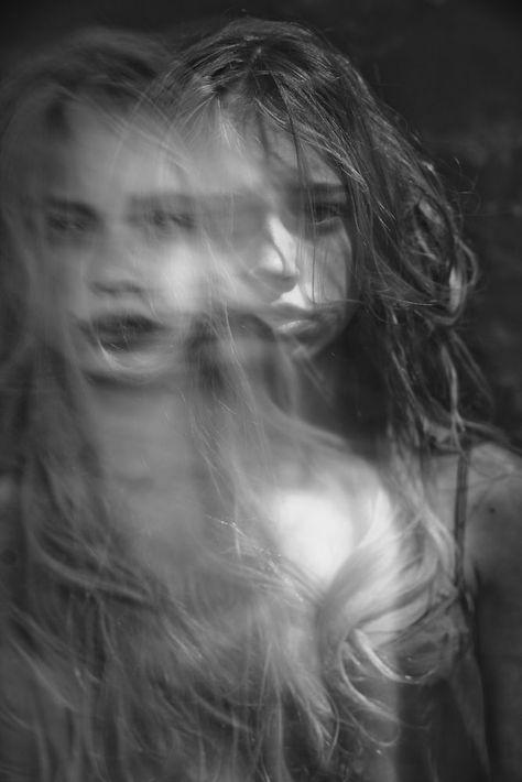 Photography Portrait Sad Double Exposure Ideas For 2019 Double Exposure Photography, Dark Photography, Black And White Photography, Portrait Photography, Sadness Photography, High Speed Photography, Exposition Multiple, Kreative Portraits, Multiple Exposure
