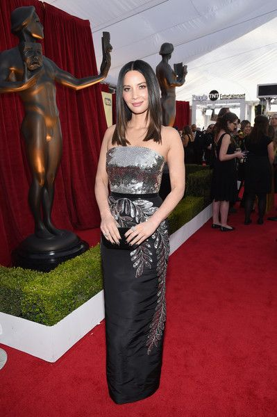 Actor Olivia Munn attends the 24th Annual Screen Actors Guild Awards.