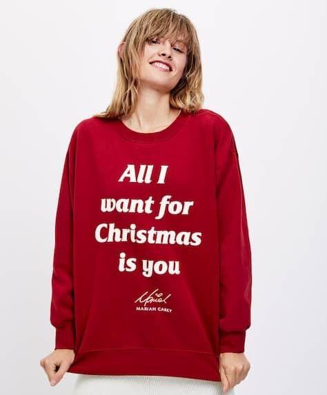 Oysho Inverno 2018 2019 Felpa Rossa Natalizia All I Want For Christmas Is You Bellissima Con Un Jeans Skinny E Stivaletti Bassi Felpa Pigiama Stile
