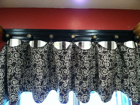 Handmade Kitchen Valance And Trim With S Pate Meadows Pattern Made To Match Coffee Theme