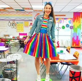 Cassie Stephens What The Art Teacher Wore 205 Vestidos De Payasitas Disfraces De Maestros Vestuario De Payaso