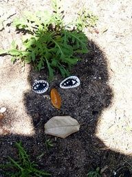 Outdoor Shadow Faces-photography fun  - I will have to do this next year for shadow and  Ground Hogs day.  What a fun outdoor activity!  Recommended by Charlottes Clips