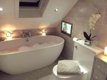 60 Easy Bathroom Design Ideas With A Small Tubs Small Bathroom With Tub Simple Bathroom Bathroom Interior Design