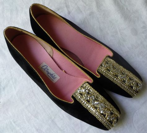 bd13912fb54 Vintage Smoking Slipper Loafers for Women by Oomphies. Black velvet flats  with gold brocade trim. At AngelGrace on Etsy.