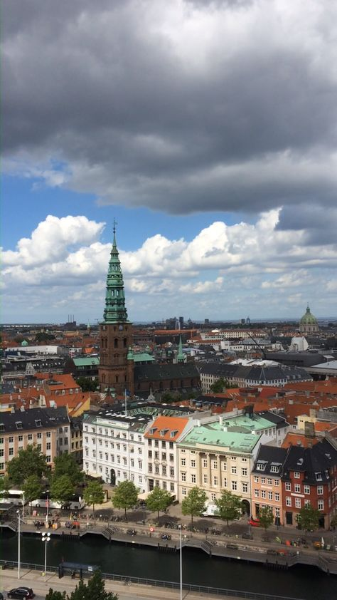 Copenhagen, the capital of Denmark, is a beautiful city that is certainly worth a visit. Click through to our website to find out about the things to do that you shouldn't miss - and where to capture beautiful views like this!