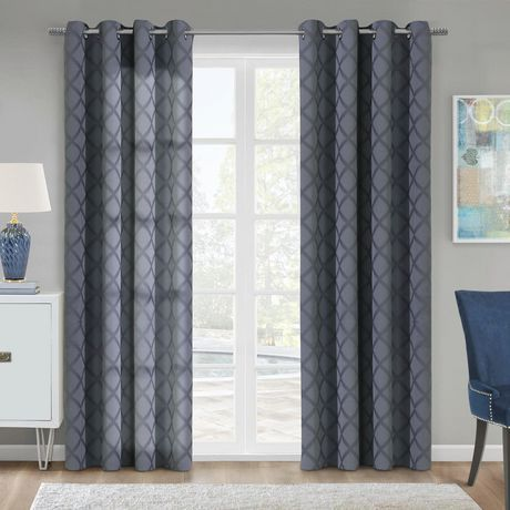 Commonwealth Thermalogic Universal Insulating Blackout Curtain