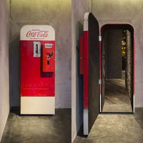 """There's a vintage Coca-Cola vending machine in Shanghai that hides a stylish up-scale bar called """"Flask."""" The otherwise unassuming Coca-Cola machine stands in The Press, a sandwich shop that operates. Bar Speakeasy, Coke Machine, Vending Machine, Bar Secreto, Coca Cola, Passage Secret, Hidden Spaces, Hidden Rooms In Houses, Vintage Coke"""
