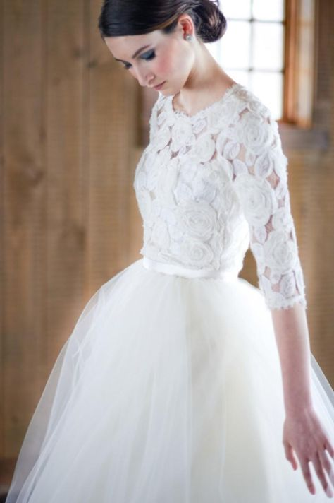 Short Wedding Gowns With Detachable Skirt White Tulle Romantic Real Image Flowers Long Sleeves Knee Length Wedding Dresses Winter Discount Wedding Dress Fashion Wedding Dresses From Diamondress, $183.25| Dhgate.Com