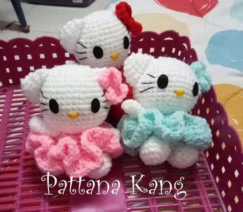 Big Hello Kitty Amigurumi Free Pattern | Hello kitty crochet ... | 412x474
