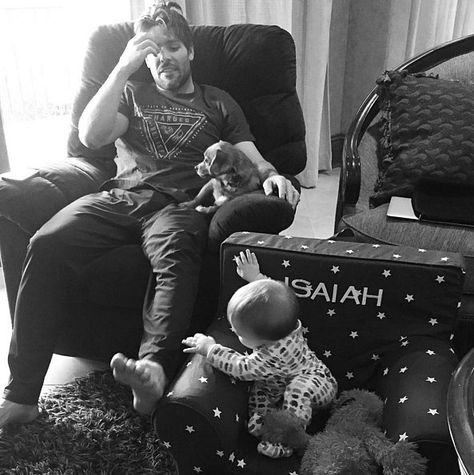 In December, Carrie captured an adorable morning moment between her | 7 Ridiculously Cute Pictures of Carrie Underwood's Son, Isaiah Fisher | POPSUGAR Celebrity