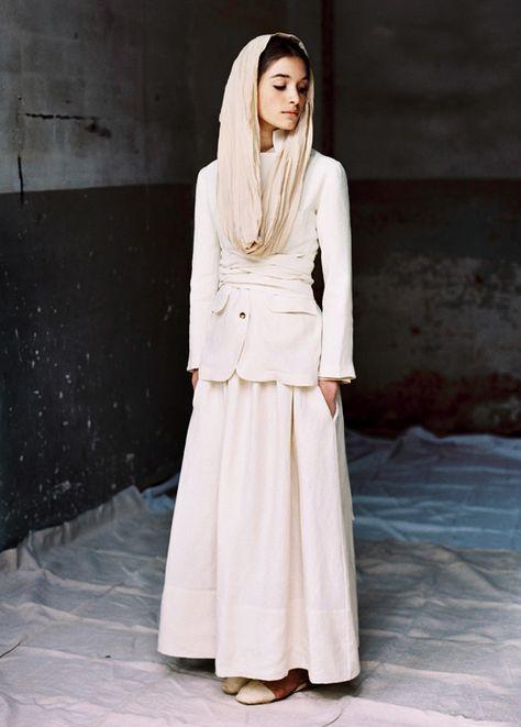 Belted jacket and maxi skirt from Magnolia Antic  #ladylikeminimalism #ladylike #minimalism #classic #elegant #modest