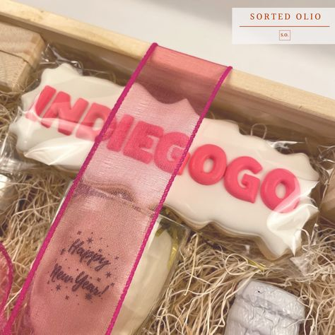 We are still thinking 💭 about @indiegogo 's custom logo cookie from their surprise employee appreciation gift 😍😍. #custom #customgifts #customfavors #partyfavors #employeeappreciation #employeeapprciationgifts #corporategifts #handcrafted #shopsmall #shoplocal #smallbusiness #preorder #womanownedbusiness #womanownedsmallbusiness #sortedolio