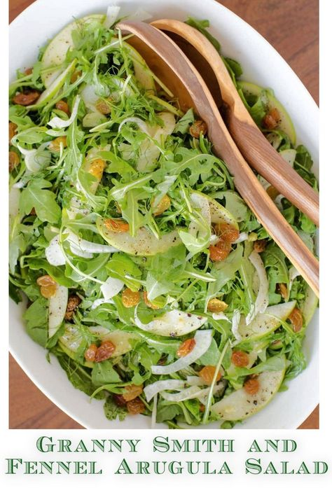 This beautiful, delicious, seasonal salad is the perfect way to add a fresh touch to all those comfort meals! #arugulasalad #healthysalad #fennel