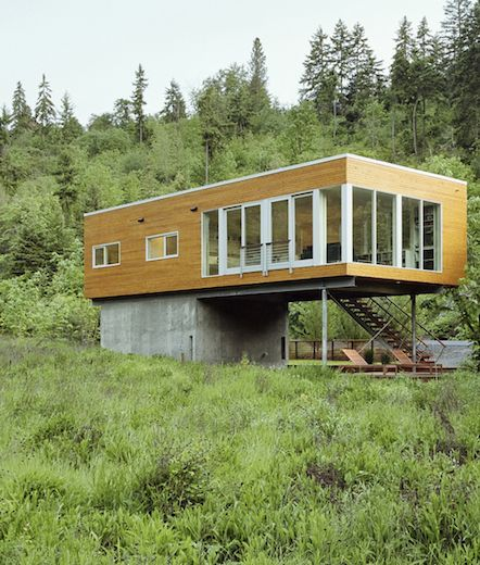 Environmentally Friendly House Built By Paul Mckean Architecture In Hood River Oregon Architecture House Modern House Design Architecture