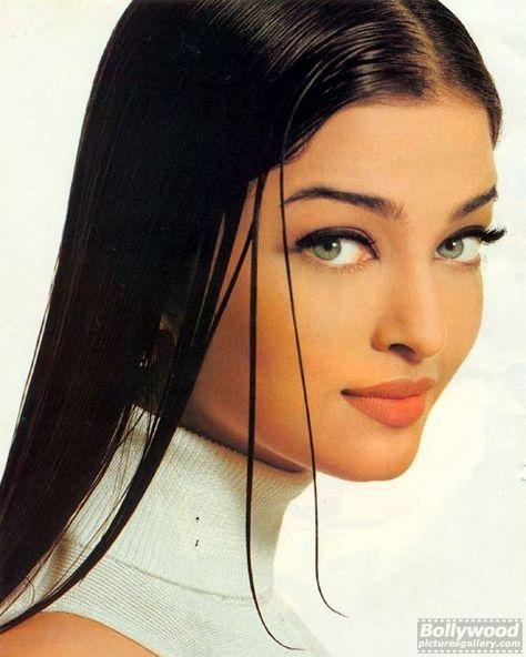 Aishwarya Rai Makeup, Aishwarya Rai Young, Aishwarya Rai Pictures, Actress Aishwarya Rai, Aishwarya Rai Bachchan, Bollywood Actress, Aishwarya Rai Photo, World Most Beautiful Woman, Most Beautiful Indian Actress