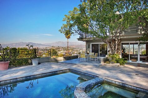 Private Pool House W Amazing Views Houses For Rent In Los Angeles Pool House Pool Pool Patio