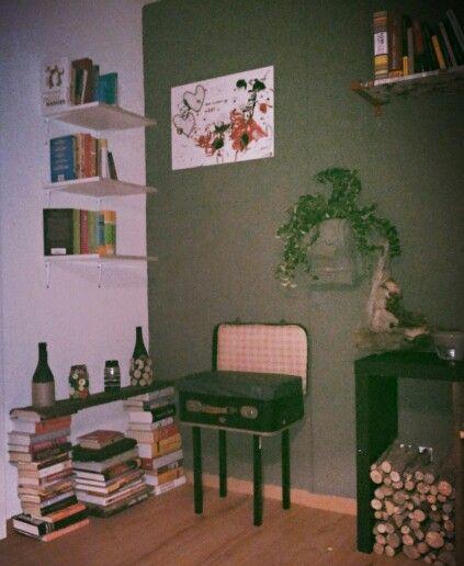 DIY #Bücherregal home is where my heART is Pinterest DIY and