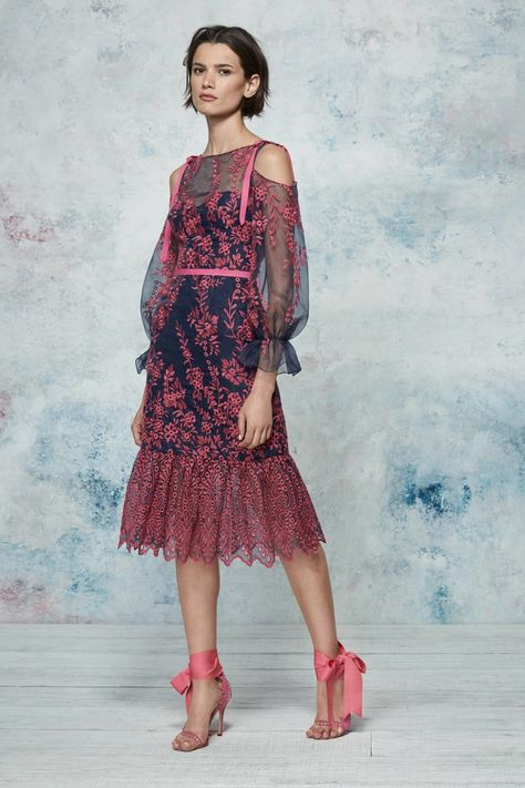Marchesa Notte Resort 2019 Fashion Show Collection: See the complete Marchesa Notte Resort 2019 collection. Look 25