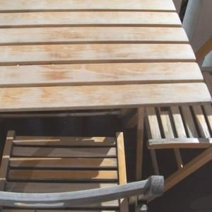 Un Tocco Di Colore Per Dipingere Tavolo E Sedie In Legno Cose Di Casa Sedia Legno Tavolo E Sedie Dipingere Un Tavolo