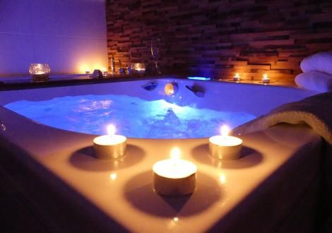 Appartement Chic Pour Couple Spa Privatif Saumur Jacuzzi Appartement Chic Spa
