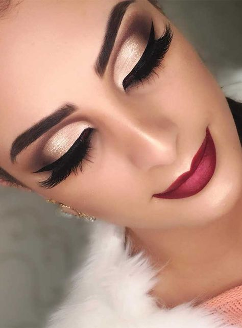 makeup looks, wedding makeup, makeup looks for prom, natural makeup looks, wedding makeup looks for brunettes, prom makeup looks 2019, wedding makeup looks for blondes, makeup for brown eyes and brown hair, makeup trend, glitter eye makeup, makeup for fall, winter makeup, autumn makeup, fall makeup looks, fall makeup looks 2019