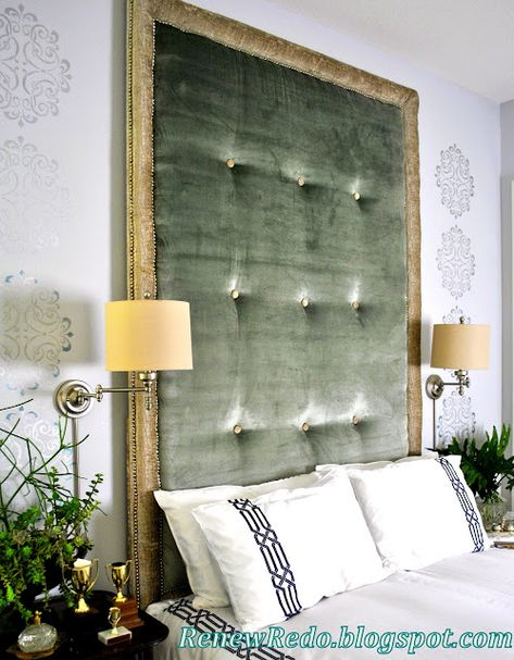 green velvet headboard and stenciled walls... pretty even though I'm not normally a velvet fan.