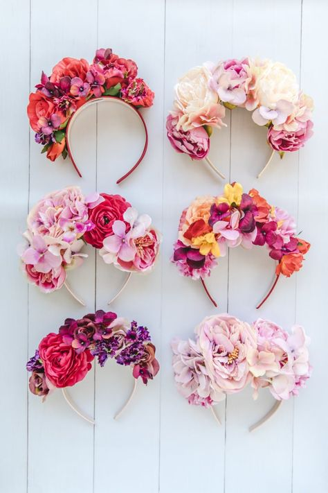 My Top 10 Favourite Flower Crowns - Connie and Luna Diy Flower Crown, Diy Crown, Floral Crown, Flower Crowns, Flower Crown Headband, Princess Party Favors, Disney Princess Party, Cinderella Party, Diy Halloween Costumes For Women