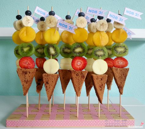 Mmmm - fruit kabobs with just a bit of dessert.