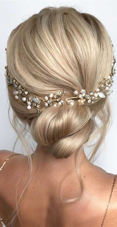 wedding hairstyles, updo wedding hair, best wedding hairstyles, updos for wedding, textured updo, textured updo wedding hairstyles, messy updo, bridal hairstyles