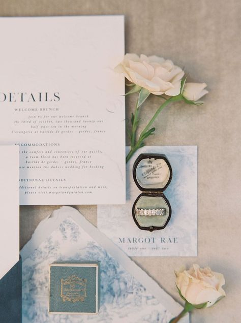 This French garden wedding inspiration is an absolute mood! A perfect look at how you can elevate your intimate wedding or minimony with lush florals and creative illustrated paper goods inspired by Old World European romance.