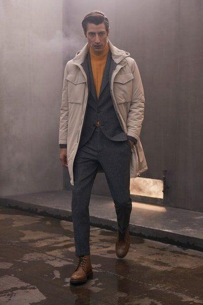 Brunello Cucinelli Fall 2020 Menswear Fashion Show In 2020 Fall Outfits Men Men Fashion Casual Outfits Mens Winter Fashion