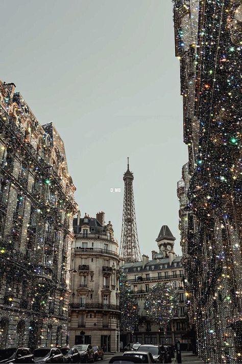 #glitter #paris #parisfrance #sparkle #photography #photoshoot #edit #aesthetic #aesthetictumblr