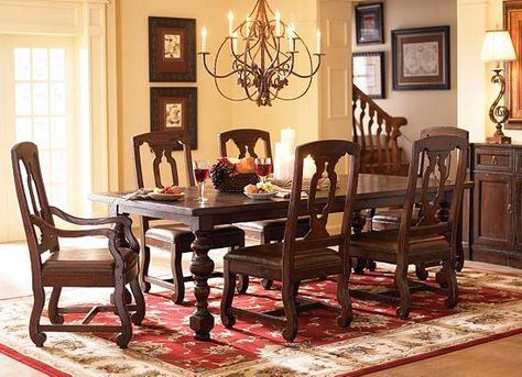 This Havertys King Arthur Dining Table Paired With A Beige Wall